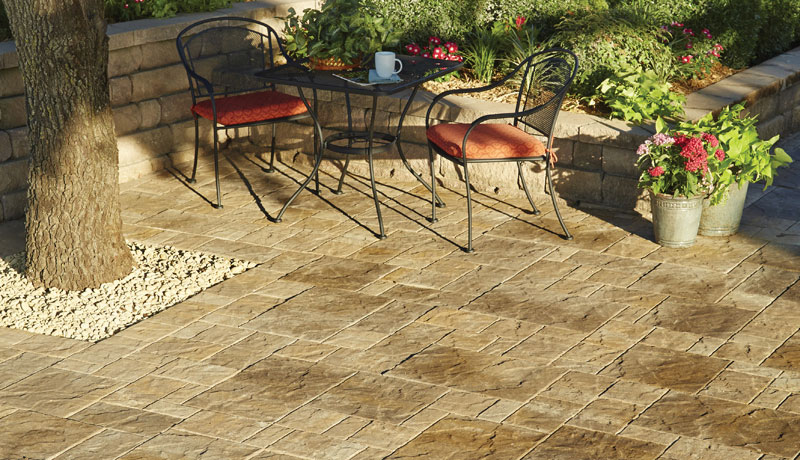 Pavestone - Creating Beautiful Landscapes with Pavers